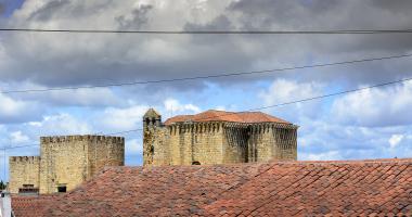 Mosteiro de Flor da Rosa